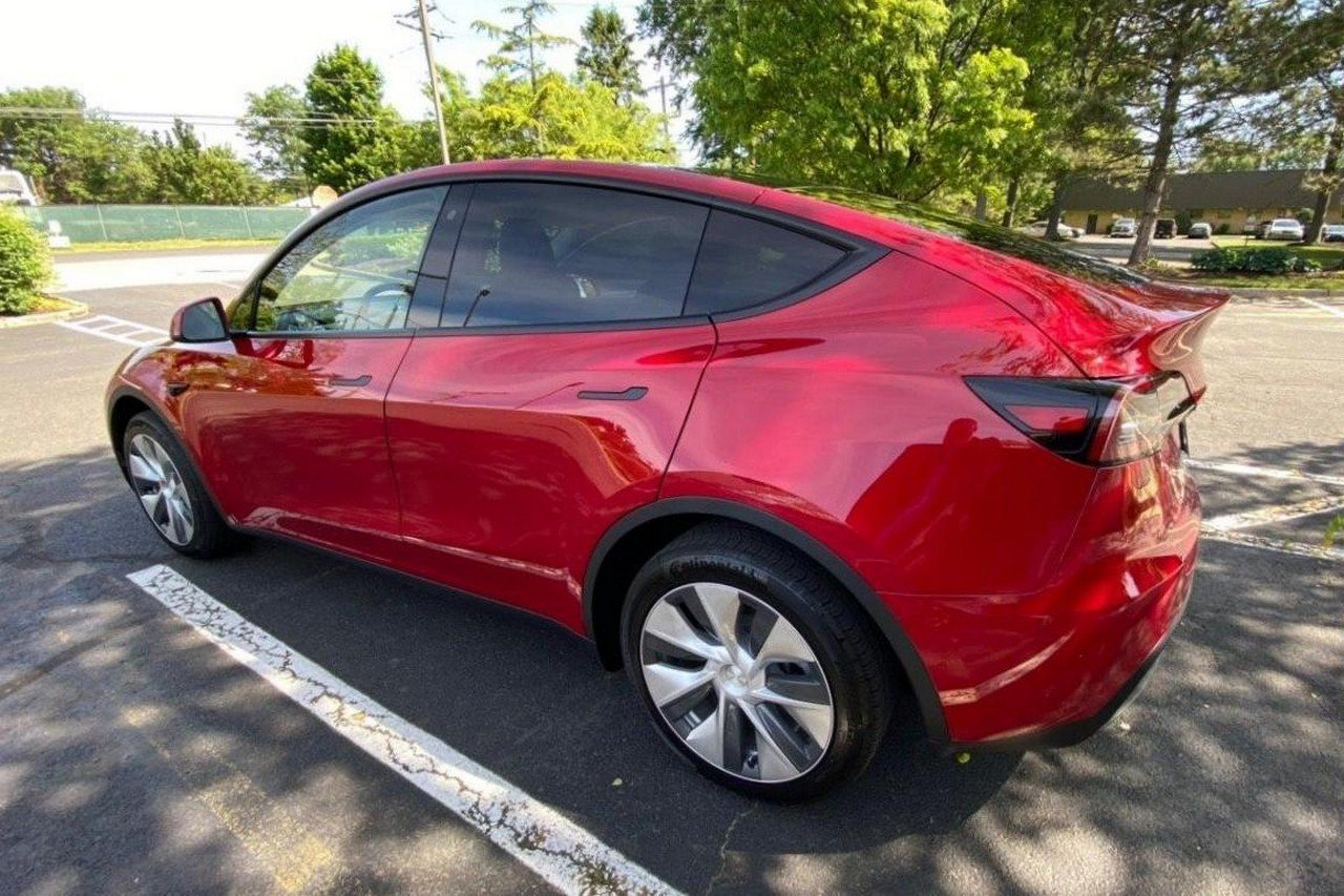 Tesla Model Y Long Range