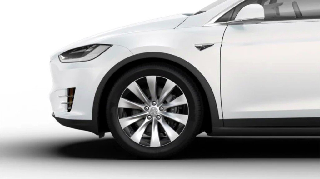 Tesla Launches New Wheels Design For Model X