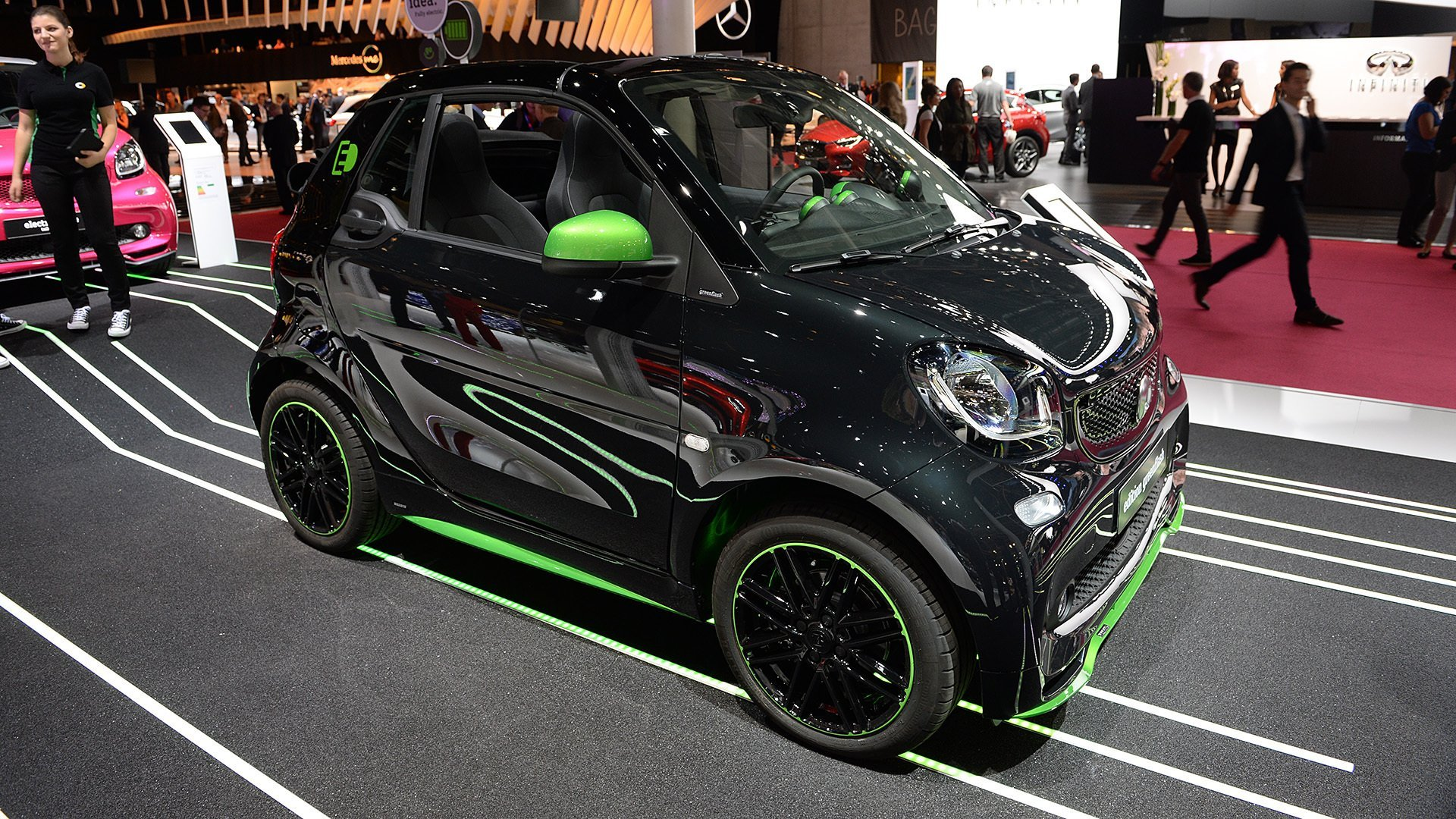01-smart-fortwo-ed-paris-1