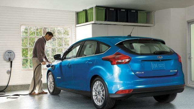 2017-ford-focus-electric-3